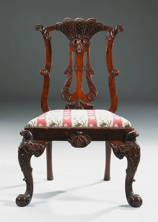 A GEORGE II MAHOGANY SIDE CHAIR