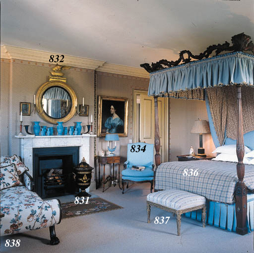 A REGENCY GRAINED DAY BED