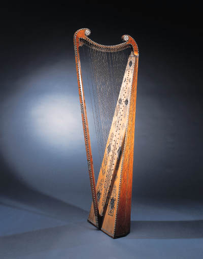 A CROSS-STRUNG HARP
