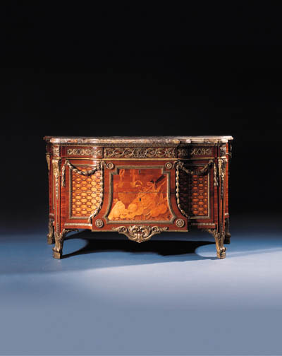 A ROYAL LOUIS XVI ORMOLU-MOUNT