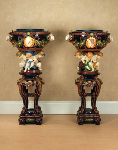A pair of English polychrome-d