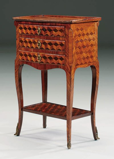 A LATE LOUIS XV TULIPWOOD, ROS