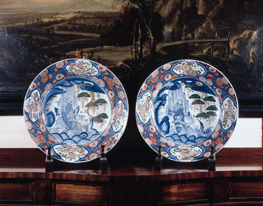 A pair of large Imari chargers