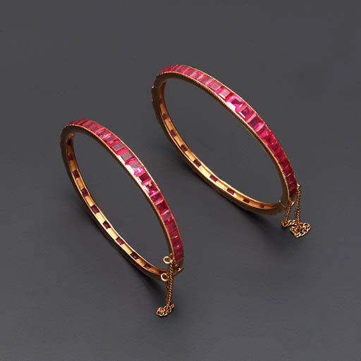 A PAIR OF RUBY BANGLES