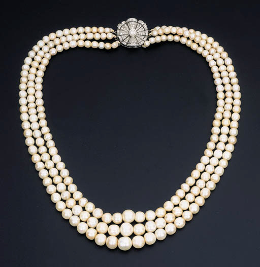A MODERN PEARL AND DIAMOND NEC