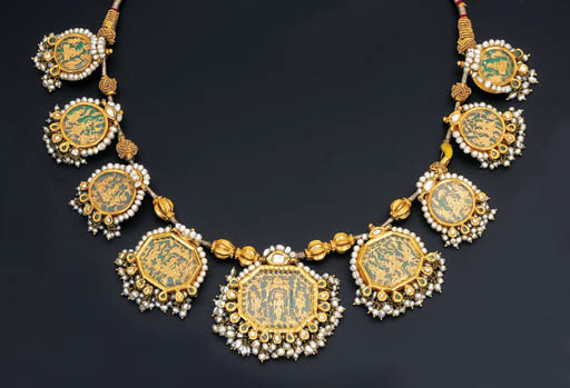 A FINE GEM-SET THEWA NECKLACE