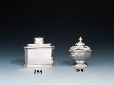 A George I silver bowl and cov