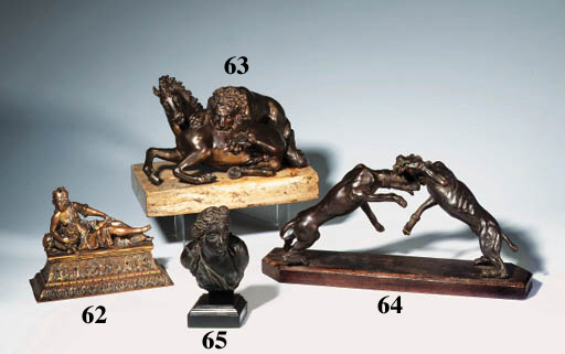 A BRONZE GROUP OF TWO FIGHTING