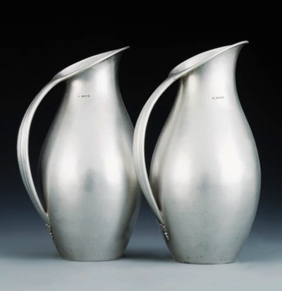 A pair of pitchers, Model No.