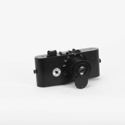 UR-Leica replica
