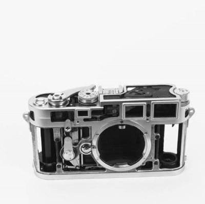 Leica M3 cutaway no. C-21