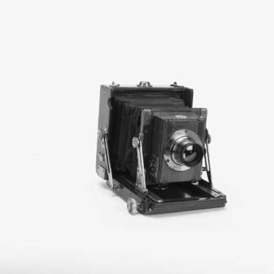 The British hand camera
