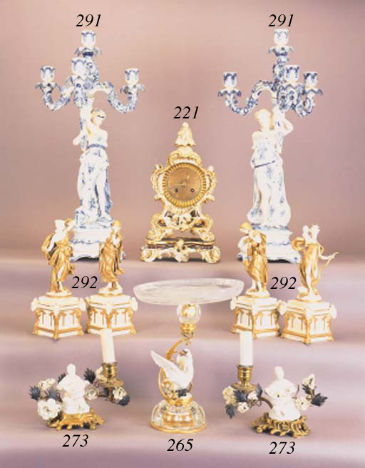 Twelve Continental porcelain f