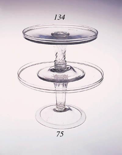 A pedestal-stemmed tazza