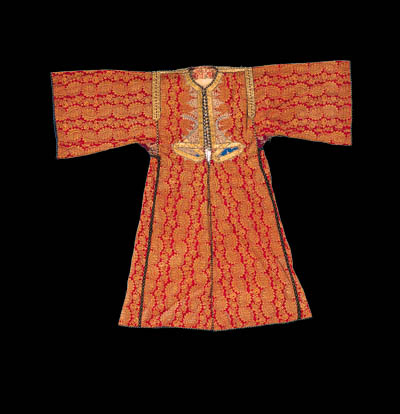 A kaftan of red and gold broca