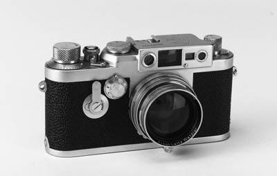 Leica IIIg no. 887822