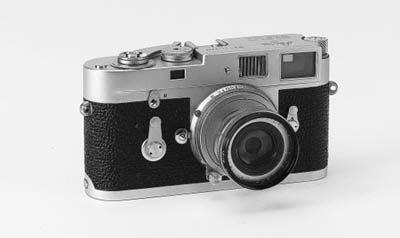 Leica M2 no. 1112045