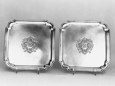 A pair of early George II wait