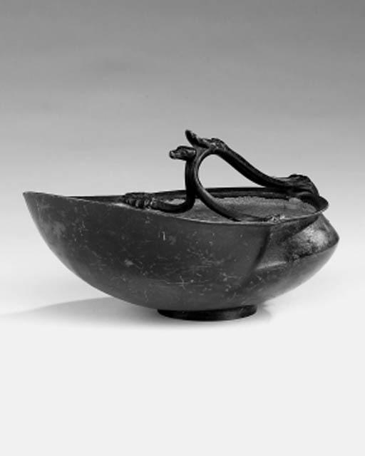 A Neapolitan bronze bowl
