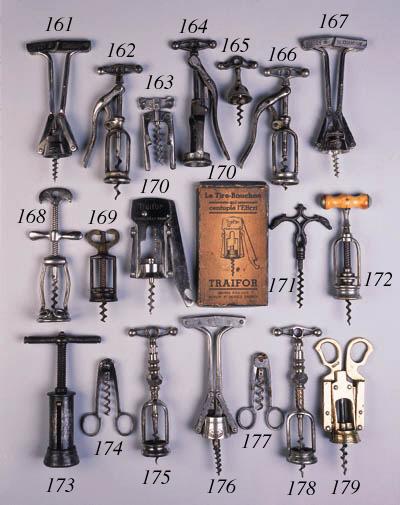 A 19TH CENTURY CORKSCREW,