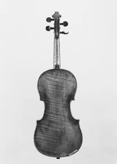 A Mittenwald violin, by a memb