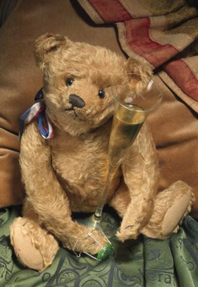A Steiff centre seam teddy bea