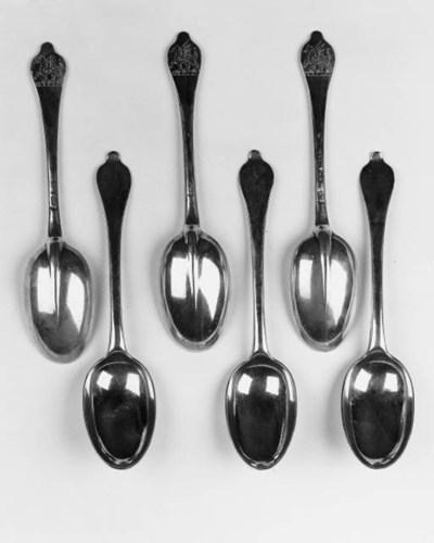 A set of six Queen Anne wavy-e