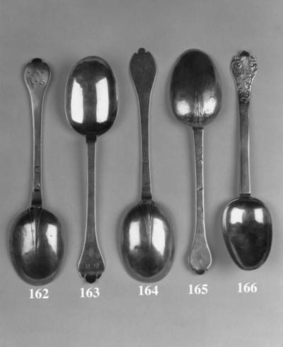 A Charles II trefid spoon,