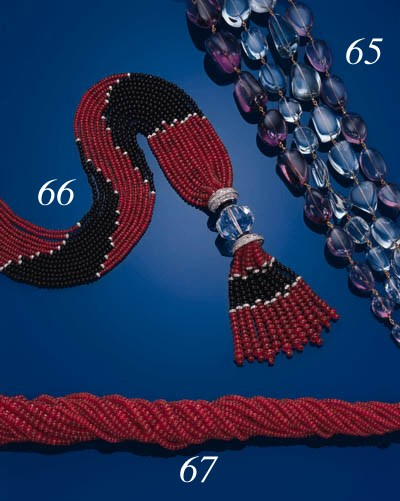 A RED SPINEL BEAD NECKLACE