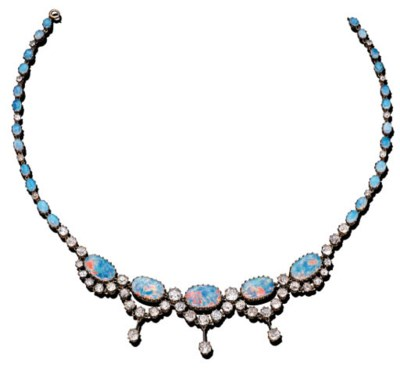 AN OPAL AND DIAMOND NECKLACE