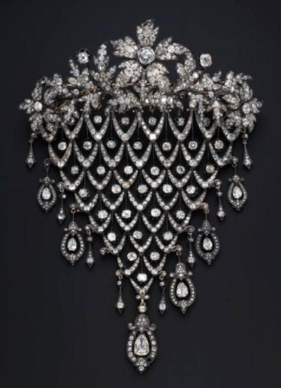 AN IMPRESSIVE DIAMOND STOMACHE