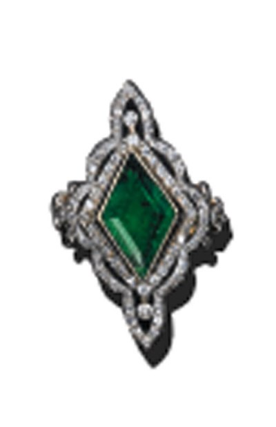 AN EMERALD AND DIAMOND MARQUIS