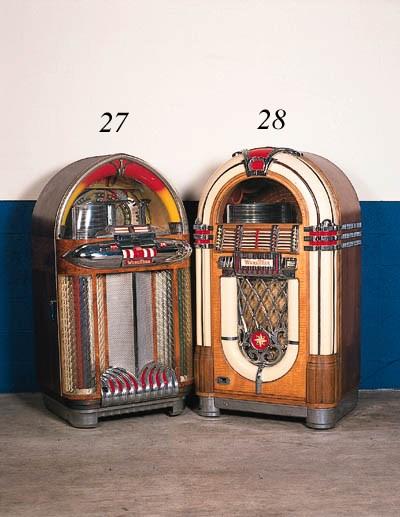 Wurlitzer Juke Box - A good 24