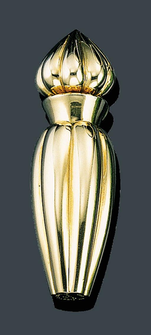 AN ELEGANT 18K GOLD PERFUME BO