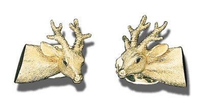 A PAIR OF 18K GOLD STAG HEAD C