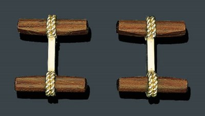 A PAIR OF 18K GOLD, IVORY AND