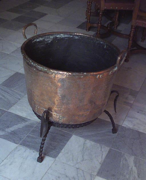 Caldero espaol de cobre con as