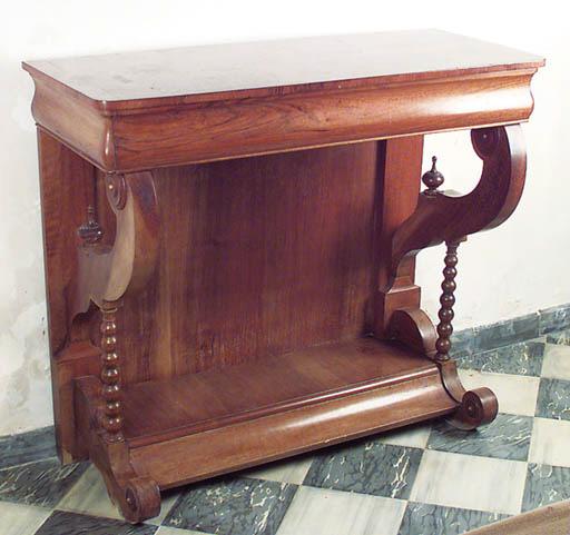 Consola espaola en madera de n