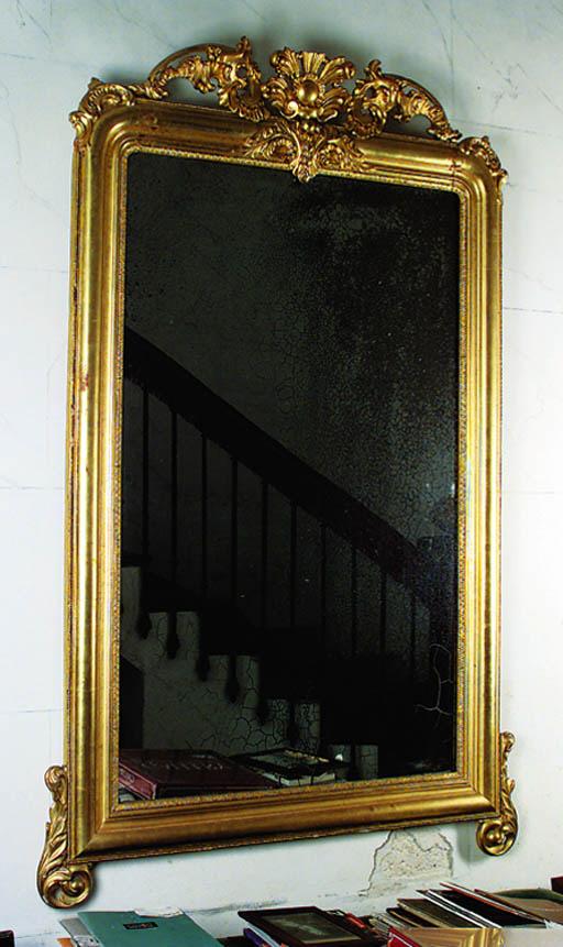 Espejo espaol en madera dorada