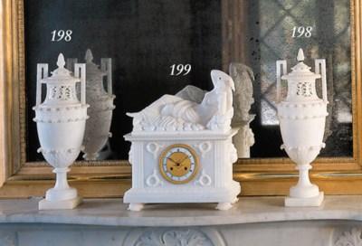 Reloj en alabastro blanco