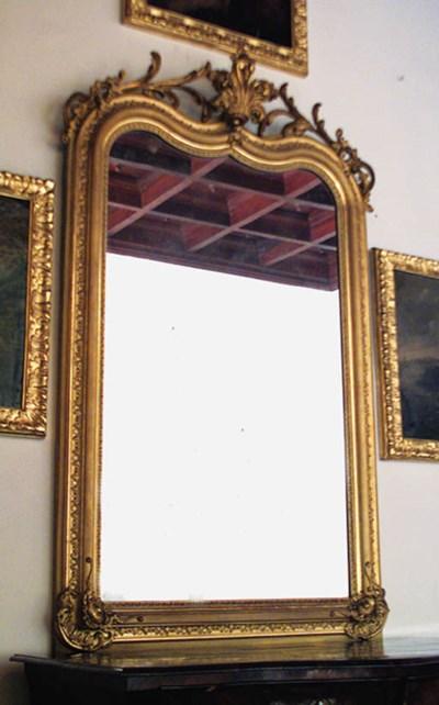 Espejo de madera y yeso dorado
