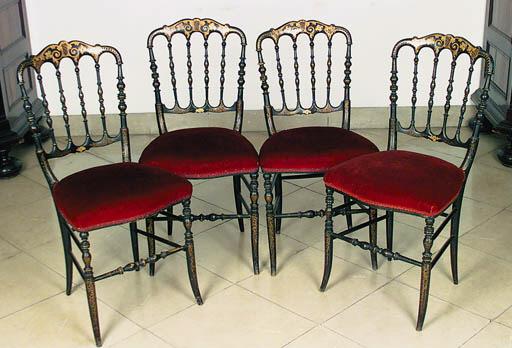 Juego de cuatro sillas Isabeli