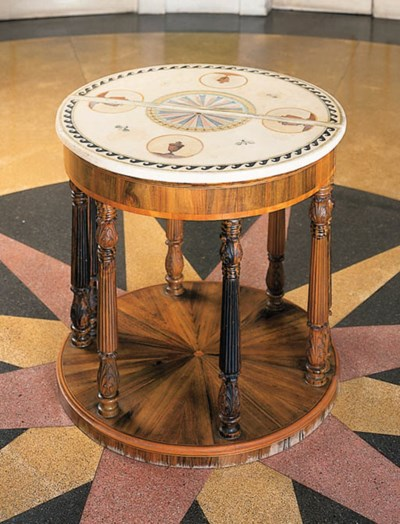 Pareja de mesas semicirculares