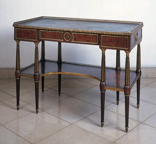 Mesa escritorio, Luis XVI, en
