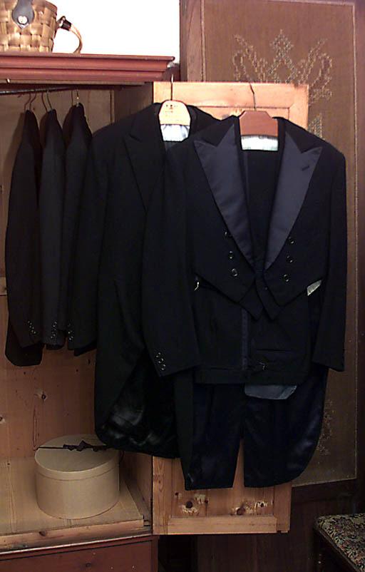 Coleccin de trajes de caballer