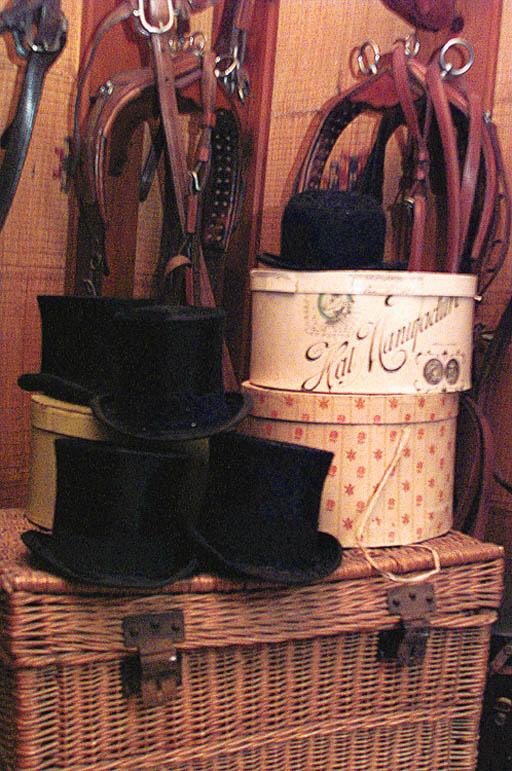 Tres sombreros de caballero