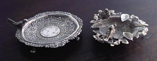 Dos ceniceros de plata espaola