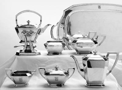 AN AMERICAN SIX-PIECE SILVER T