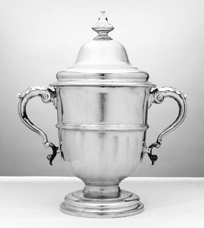 AN EDWARDIAN SILVER LARGE TWO-