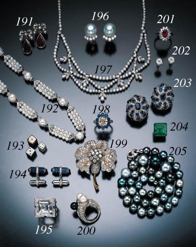PAIR OF SAPPHIRE AND DIAMOND C